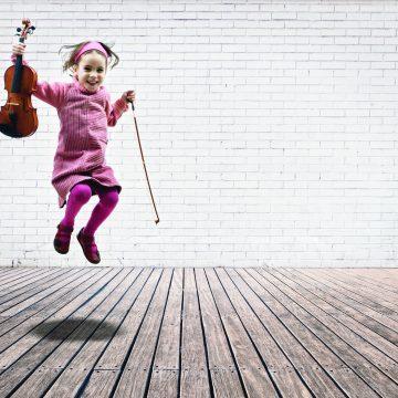 Kinderen spelen met Het Zeeuws Orkest